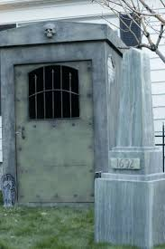 Halloween Graveyard Fence Ideas by 921 Best Haunted House Stuff Images On Pinterest Haunted Houses