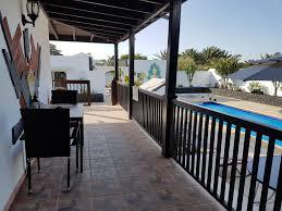 chambre d hote lanzarote villa soleil et volcan lanzarote chambres d hôtes costa de teguise