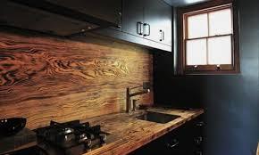 cuisine originale en bois dans la cuisine la crédence fait la différence ma maison