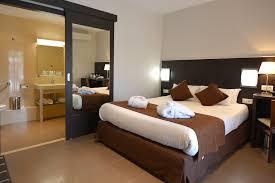 photo chambre luxe chambre de luxe à macinaggio dans le cap corse hôtel u ricordu