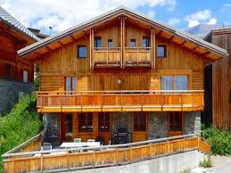 chalet 7 chambres moderne ski chalet à vendre 7 chambres récemment rénové à l alpe d