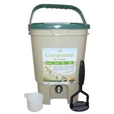 poubelle compost pour cuisine composteur de cuisine ecovi avec activateur ecovi jardinerie