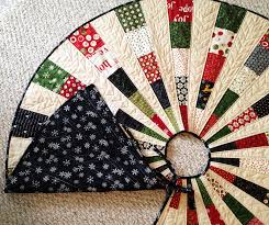 Quilted Christmas Tree Skirt 14