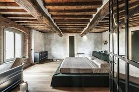 Cabin Style Bedroom By Chelsea Sachs View In Gallery Italian Rustic Modern Home Carnet Casa