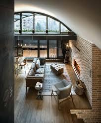 loft mit beton und klinker modernes interieur in bulgarien