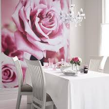 Glamour Dining Room Ideas With Flower Wallpaper And Pendant Lamp Image
