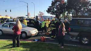 100 Hillsboro Truck Beds Three Injured After Truck Hits Police Cruiser News