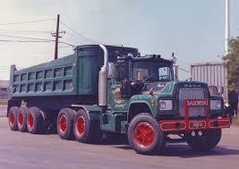Mack V8