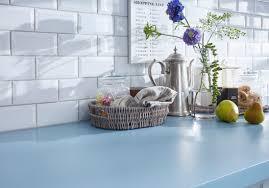 une cuisine pour tous un plan de travail coloré pour une cuisine originale des plans