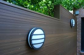 Kon Tiki Wood Deck Tiles by This Composite Decking Side Wall Is A Beautiful Addition To This