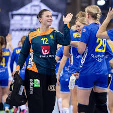 Handball FrauenWM Schweden Zieht Vorzeitig Ins Achtelfinale Ein