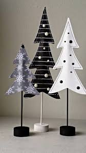 Christmas Tree Books Diy by 25 Best Paper Christmas Trees Ideas On Pinterest Diy Christmas