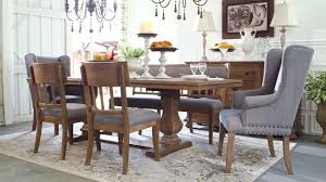 Ashley HomeStore | Ollesburg Dining Room