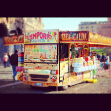 Snack In Front Of The Colosseum In Rome, Italy, | Travel | Pinterest ...
