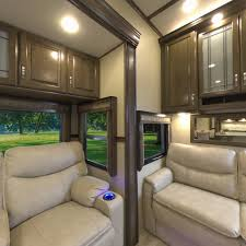 5th Wheels With 2 Bedrooms by Solitude Fifth Wheel Grand Design Rv