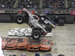 Videos Of Monster Trucks Crushing Cars] - 28 Images - Old Cars ...