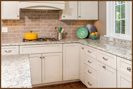 kitchens with backsplashes kitchen backsplash ideas pictures