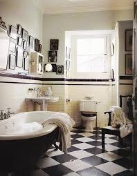 vintage black and white bathroom http rilane bathroom 15