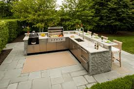 Cool Modern L Shaped Outdoor Kitchen