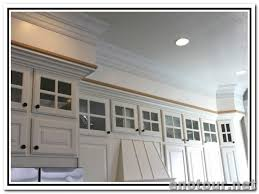 Kitchen Cabinet Soffit Ideas by Cabin Remodeling Kitchen Cabinet Crown Molding Ideas Diy Upgrade