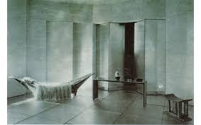 Bibendum Chair By Eileen Gray by 50 Shades Of Eileen Gray At The Pompidou Art Agenda Phaidon