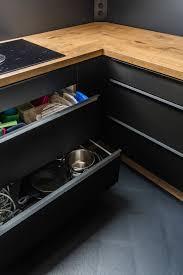 cleveres küchen design für kleine küchen küche schwarz