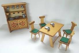 details zu bauernmöbel bauernstube küche eßzimmer vero möbel puppenstube mit geschirr 70er