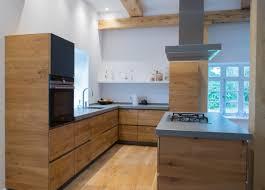 wir fertigten diese wunderschöne küche mit massivholzfronten