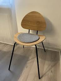 2stühle esszimmer stuhl design holz metall schwarz sostrene grene