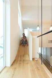 schöne wohnideen wohnen mit kindern rutsche statt treppe