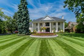 100 10000 Sq Ft House Of The Week Home Just Off Mississauga Road