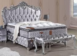 casa padrino barock doppelbett silber prunkvolles samt bett mit glitzersteinen und matratze barock schlafzimmer möbel