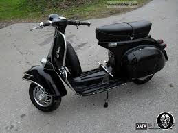 Vespa 125 Scooter 1960 Photo