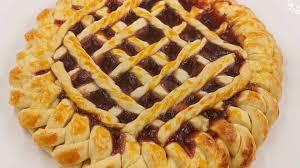 leckerer kuchen mit marmelade einfach wunderschön und köstlich