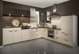 cremefarbene küchen6 jpg 730 500 küche beige glanzküche