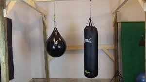 Punching Bag Ceiling Mount by The Home Made Boxing Gym Guide Commando Boxing How To Box
