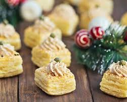 recette canapé apéro recette mousse de foie gras sur canapés feuilletés facile rapide