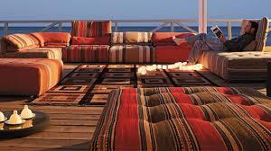 canapes roche et bobois roche bobois canapé table et meuble design du nouveau catalogue