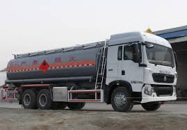 Fuel Truck,CLW5250GYYZ4 17,000L Fuel Truck,Refrigerated,Tank,Fuel ... 2013 Peterbilt 348 Oilmens Fuel Tank Truck Youtube China 27000liter Cmshaanxi Tanker Oil 1991 Ford F450 Super Duty Fuel Truck Item Db6270 Sold D J5312gjya Truckoil Truckchina National Heavy Buy Best Beiben 20 Cbm Truckbeiben For Sale Joint Base Mcguire Selected To Test Drive New Us Air Truckclw5250gyyz4 17000l Truckrefrigeratedtankfuel New 2016 Kenworth T370 Stock 17877 And Lube Trucks Carco Industries Gas Back Isolated Photo Picture And Royalty Amazoncom Tamiya Models Airfield 2 12 Ton 6 X 2017 337 With 2500 Gallon 5 Compartment Tank