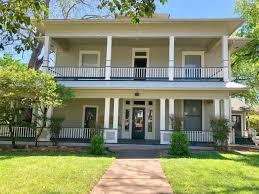 100 Cornerstone Apartments San Marcos Tx For Rent Vance J Elliott Realty Group