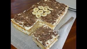 eine 5 minuten torte no bake banana split bananen kuchen mit stracciatella creme schmeckt wie eis