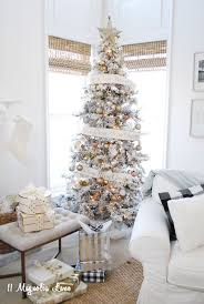 Snow Flocking For Christmas Trees by Best 25 Flocked Christmas Trees Ideas On Pinterest White