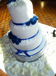 Blue Wedding Cake Awesome Separators Flowers Airbrushed Beautiful White and Blue Wedding