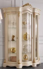 casa padrino luxus barock wohnzimmer vitrine creme gold 155 x 54 x h 227 cm prunkvoller barock vitrinenschrank mit 3 glastüren edle barock
