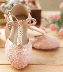 Sweet Lace Wedding Flats Feature Pear T Strap And Bowknot I Believe No Brides Can Resist This Lovely Shoe
