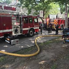 100 Homes In Kansas City 2 Neighboring Homes In Catch Fire On Sunday