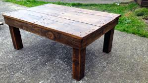 making a coffee table from reclaimed pallet wood 5 steps with