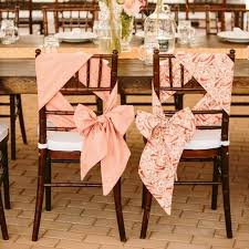 ruban pour noeud de chaise les 25 meilleures idées de la catégorie housses de chaise mariage