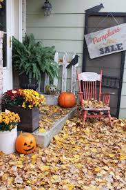 Halloween Porch Decorations Pinterest by Best 25 Gold Room Decor Ideas On Pinterest Bedroom Themes
