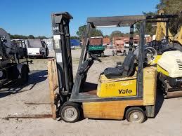 100 Yale Lift Trucks GLC040 RideOn LPG Propane Forklift Truck 4000 LBS 126H